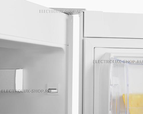 Крепление дверцы двухкамерного холодильника Electrolux EN 3854 NOW