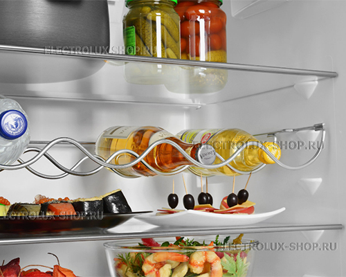 Полки холодильной камеры двухкамерного холодильника Electrolux EN 3854 NOW