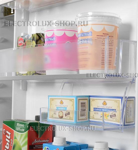 Дверные полки встраиваемого двухкамерного холодильника Electrolux ENN 92853 CW