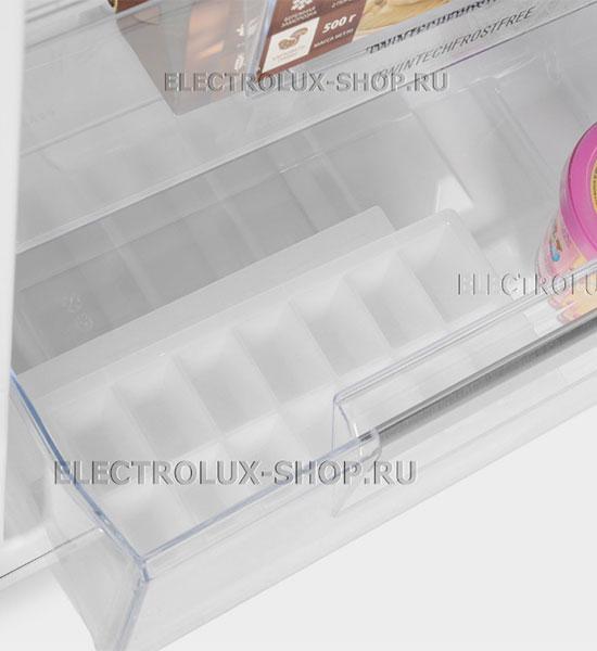 Форма для льда встраиваемого двухкамерного холодильника Electrolux ENN 92853 CW