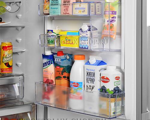 Дверные полки двухкамерного холодильника Electrolux EN 3889 MFX CustomFlex