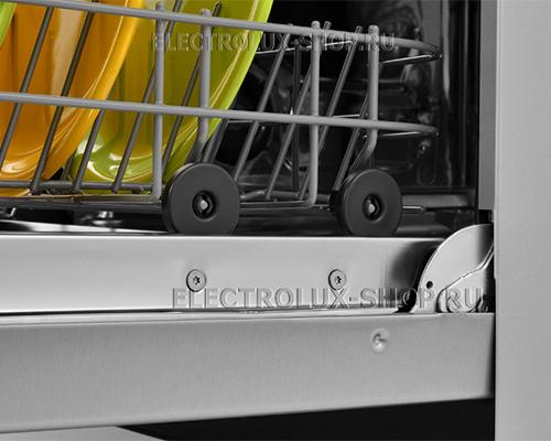 Колеса корзины посудомоечной машины Electrolux ESF 9552 LOX