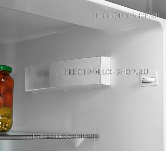 Освещение холодильной камеры двухкамерного холодильника Electrolux EN 3454 NOX