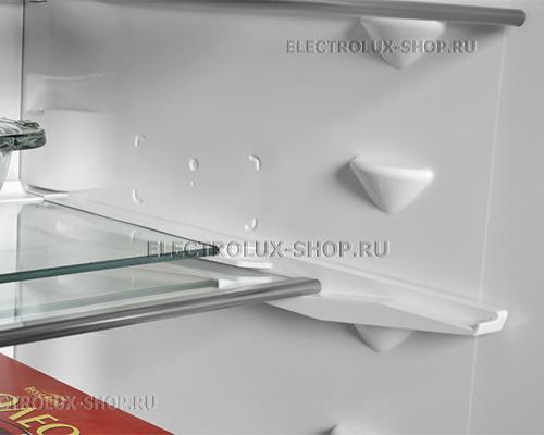 Складная полка двухкамерного холодильника Electrolux EN 3889 MFX CustomFlex