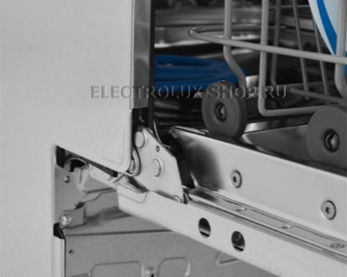 Крепление дверцы посудомоечной машины Electrolux EES 948300 L