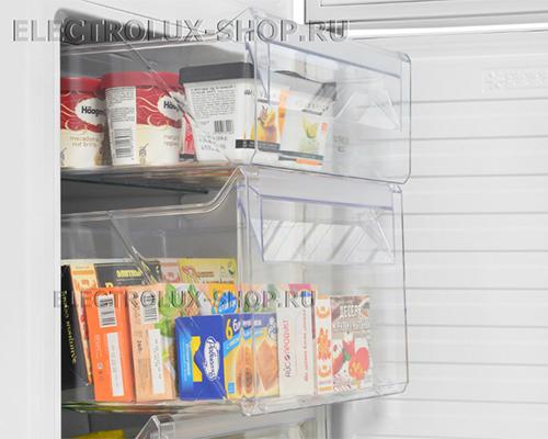Морозильная камера двухкамерного холодильника Electrolux EN 3889 MFW CustomFlex