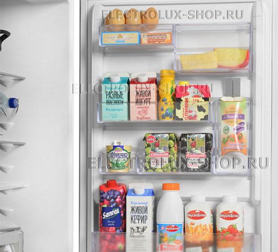 Дверные полки двухкамерного холодильника Electrolux EN 3889 MFW CustomFlex