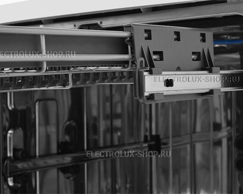 Направляющая корзины посудомоечной машины Electrolux ESF 8560 ROW